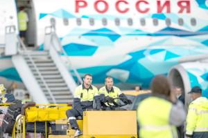 Aeroport_samolet_Rossiia_bagazh_Aleksej_Malgavko_RIA_1000_d_850
